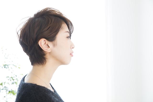 女性の薄毛を隠す髪型8選とセットのコツを紹介