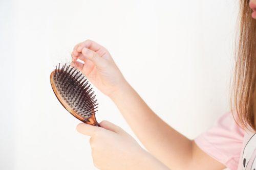 女性 抜け毛